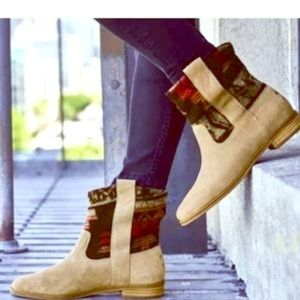 NEW TOMS LAUREL PATTERNED SUEDE BOOTS BOOTIES tan